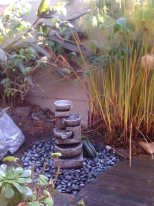 Recirculating fountains water wise landscapingwater wise for Recirculating water feature